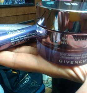 Givenchy radically