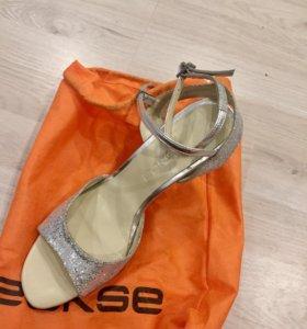 Танцевальные туфли р.41 ECKSE