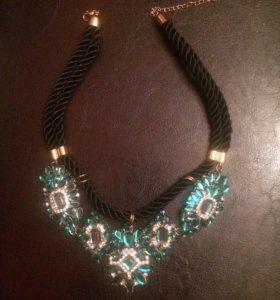 Украшение, ожерелье очень красивое новое