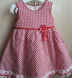 Платье на 1-1.5 года.