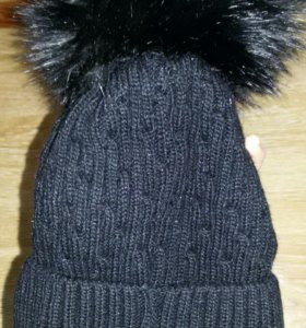 Женская шапка. НОВАЯ