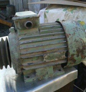 Электро двигател и конденсатор