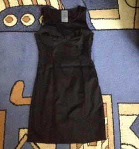 Платье практически новое!