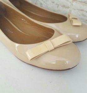 Балетки,туфли