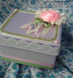 Шкатулка / коробочка