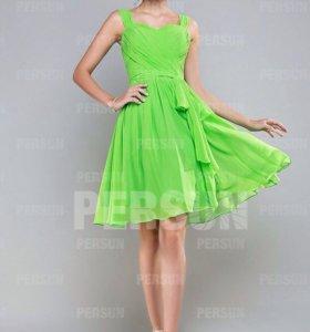 Новое зеленое шифоновое платье