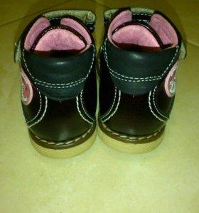 Ботиночки Mymi,18 размер