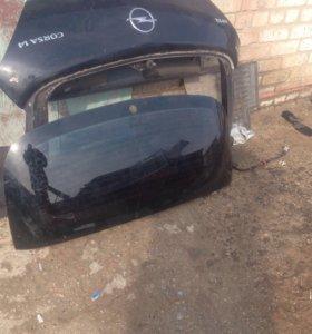Заднее стекло Opel corsa 3-дв