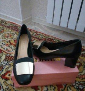 Новые туфли р.37