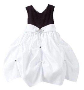 Новое праздничное платье Kohl's на девочку