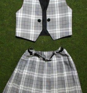 Строгий костюмчик: юбка и жилетка
