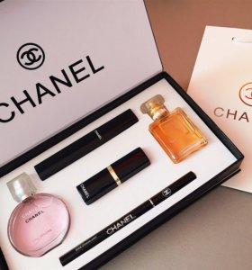Набор Шанель и меховой брелок в подарок