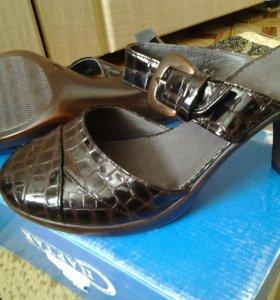Туфли новые женские открытые нат. кожа