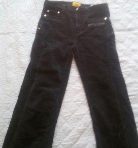 Вельветовые чёрные джинсы на мальчика