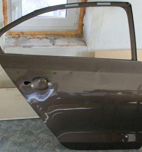 Дверь правая задняя VW Jetta VI 6 5C6833056A