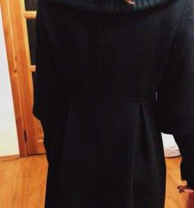 Фирменное Новое Демисезонное пальто