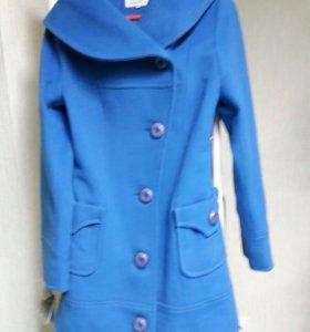 Пальто новое с этикеткой размер 44