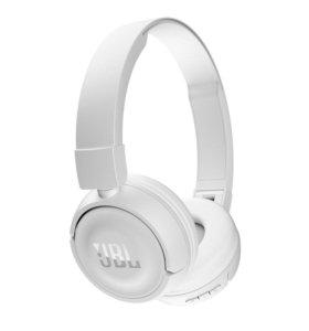 Bluetooth наушники JBL T450BT белые