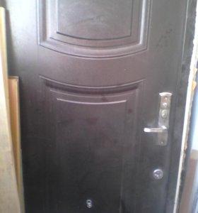 Входная дверь б/у