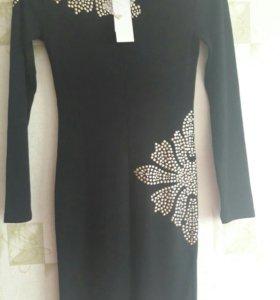 Платье новое 46р.