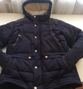 Куртка демисезонная в идеальном состояние