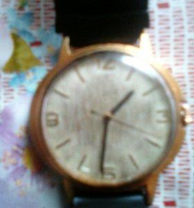 Часы старинные механические
