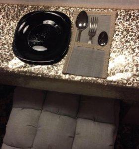 Дорожка на стол, кармашки для столовых приборов