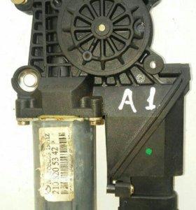 Двигатель стеклоподъемника