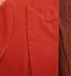 Вельветовый пиджак.