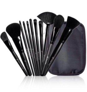 Набор из 11 кистей для макияжа