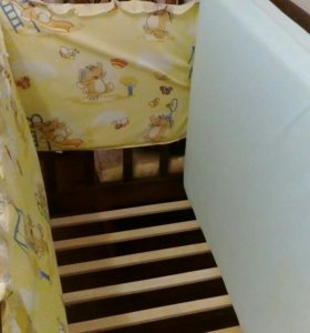 Кроватка +матрац +бортики +балдахин