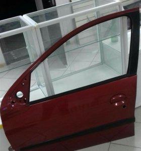 Левая дверь Peugeot (Пежо) 206