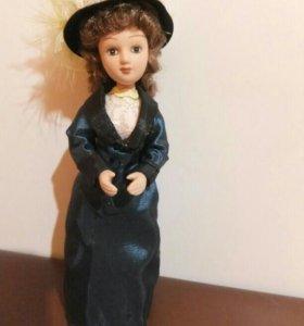 Кукла Хасинта Арнаиз