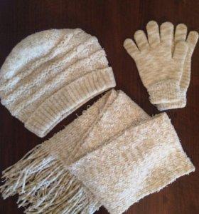 Комплект: шапка, шарф и перчатки