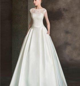 Свадебное платье от бренда Lady White