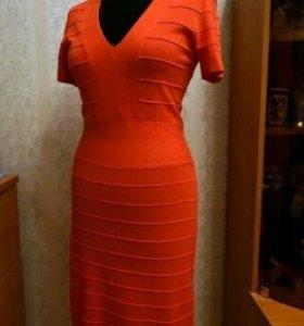 Коралловое платье incity