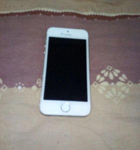 Продам телефон айфон 5s