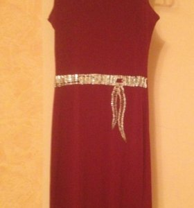 Красивое обтягивающая платья!!!