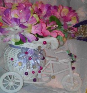 Велосипед для украшения интерьера