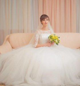 Изящное свадебное платье бу