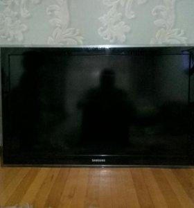 Samsung LE40D550K1W  НА ЗАПЧАСТИ