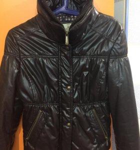 Куртка Bershka.