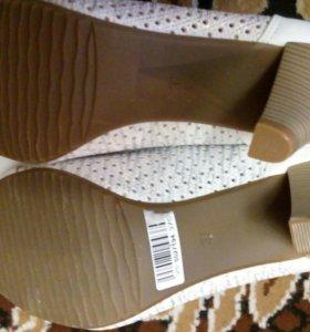 Новые туфли .