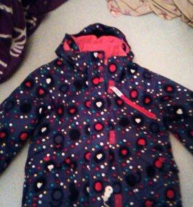 Куртка демисезонная для девочки рост 110-116см