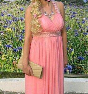 Потрясающее выпускное платье!