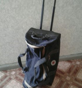 Продам большую дорожную сумку