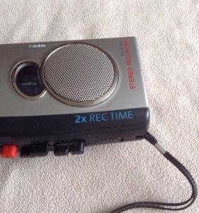Диктофон кассетный Sony