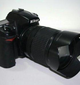 Nikon D7000 + объектив 18-105