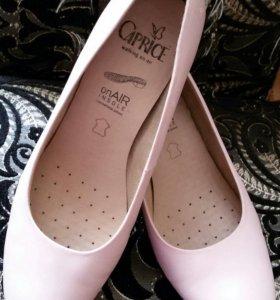 Туфли женские Caprice 39р