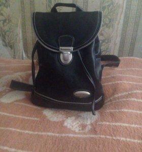 Кожаный рюкзачок(маленький)